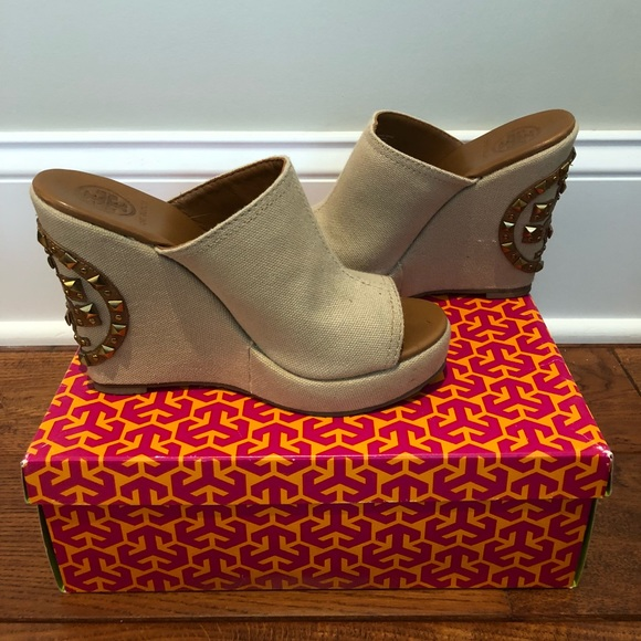 11ee0c07edc Tory Burch Meredith Wedge Sandal
